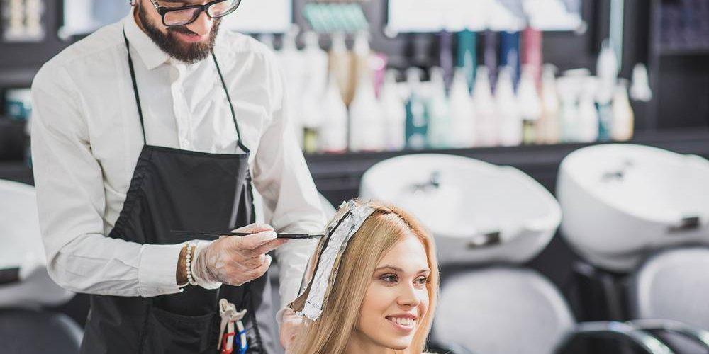 La coloration pour cheveux temporaire principale